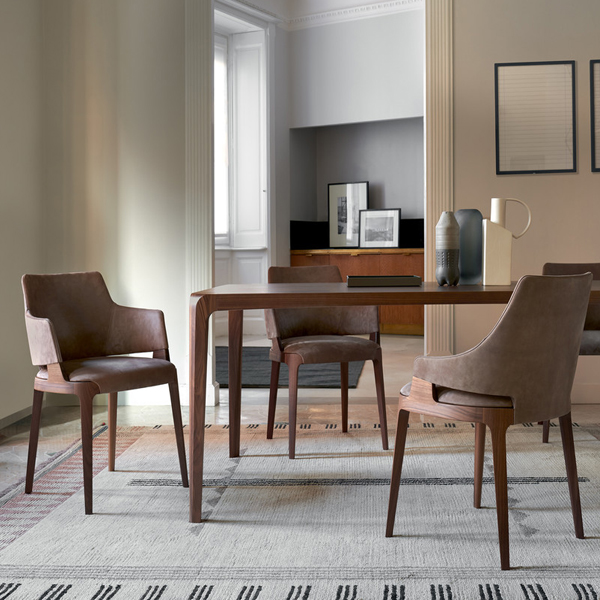 Velis Armchair 942_PB and Chair 942 and Blossom Table 840_TR1